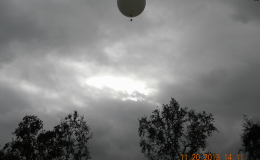 15-balloon-in-air