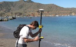 17-data-on-beach